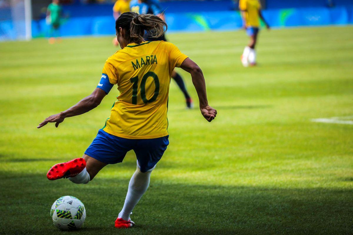 Jogue como elas: o futebol feminino pelos olhos de quem participa
