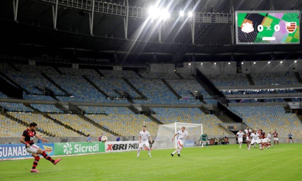 volta dos torcedores ao estádio