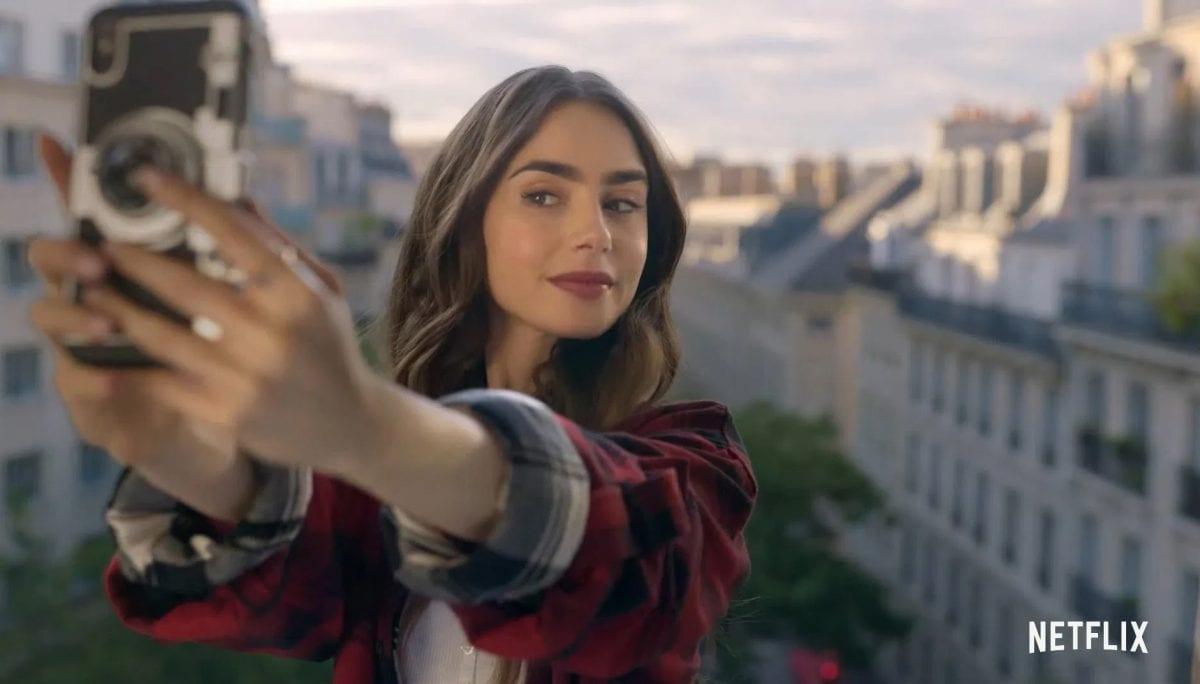 'Emily in Paris', amada por uns e odiada por outros, entenda a polêmica