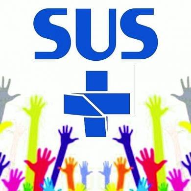 Logo do Sistema Único de Saúde, garantido pela Constituição de 1988.
