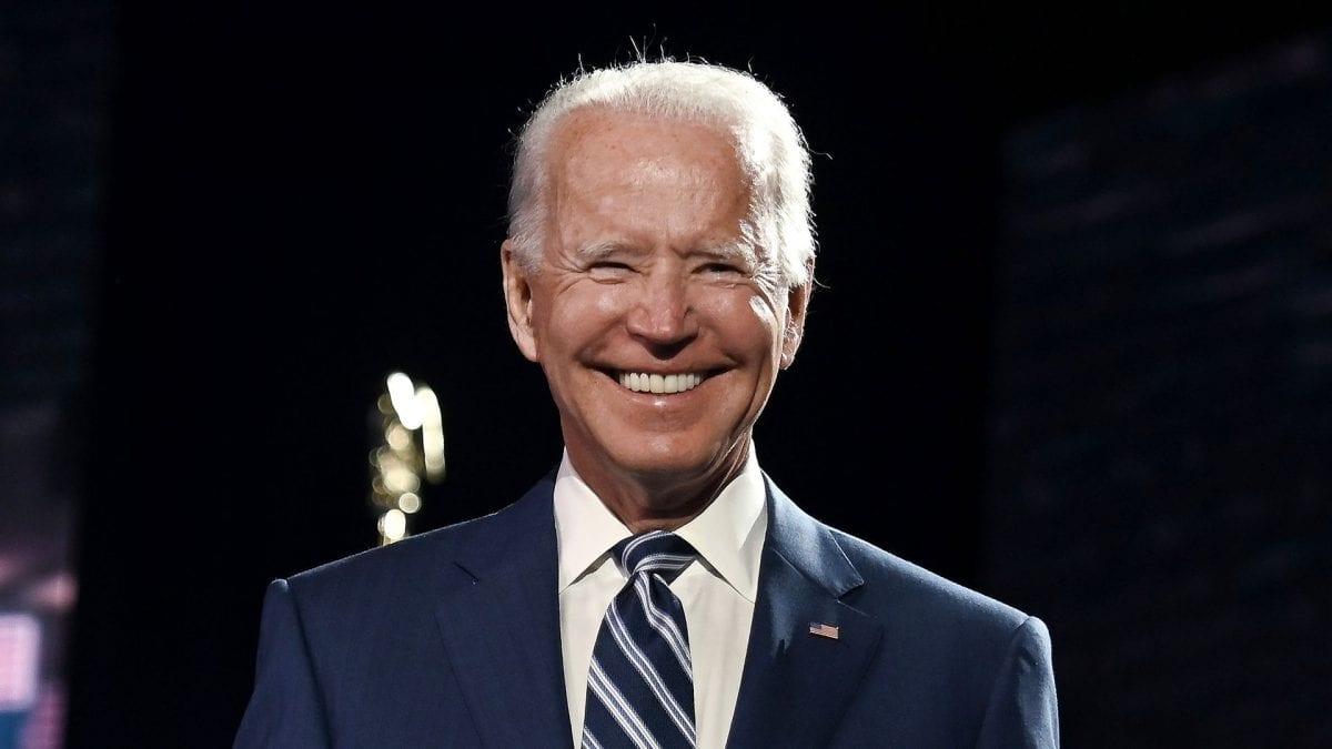 Biden vira jogo nos estados de Michigan e Wisconsin