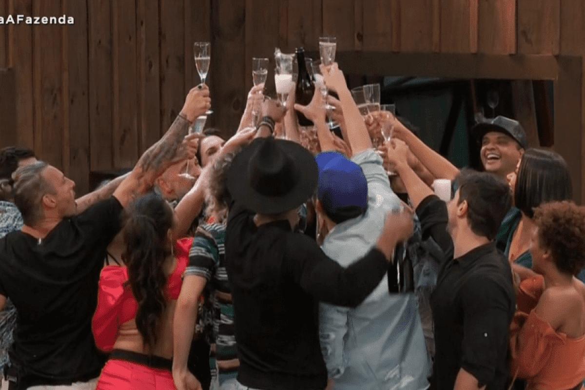 A Fazenda 12: Reality show faz sucesso nas redes sociais e em audiência
