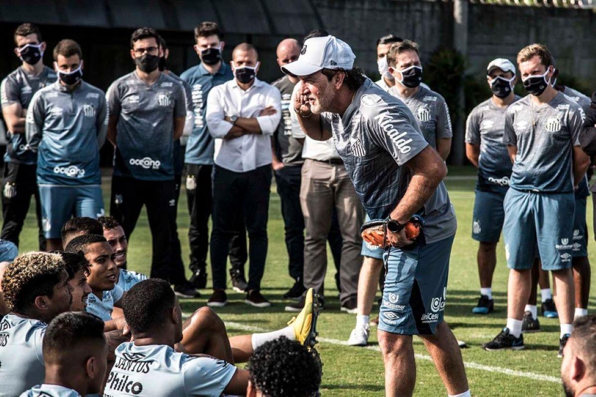 Casos de Covid-19 aumentam no futebol brasileiro