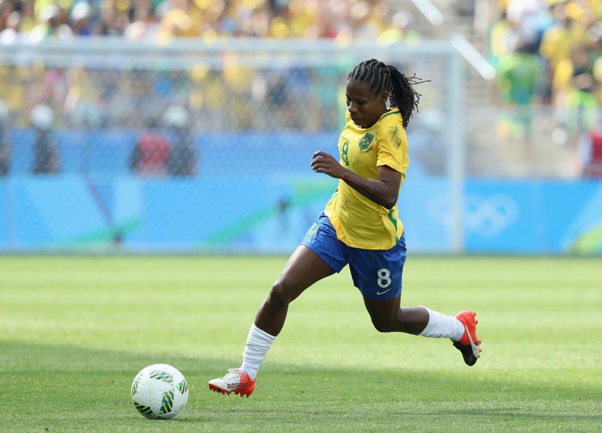 Conheça cinco curiosidades sobre o futebol feminino