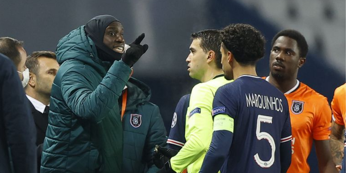 PSG abandona partida após atitude racista do 4º árbitro e jogo é suspenso