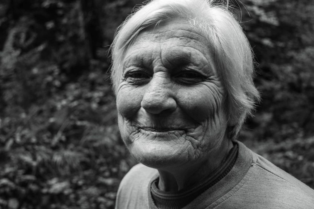 Opinião: sociedade capitalista transformou a velhice em algo ruim