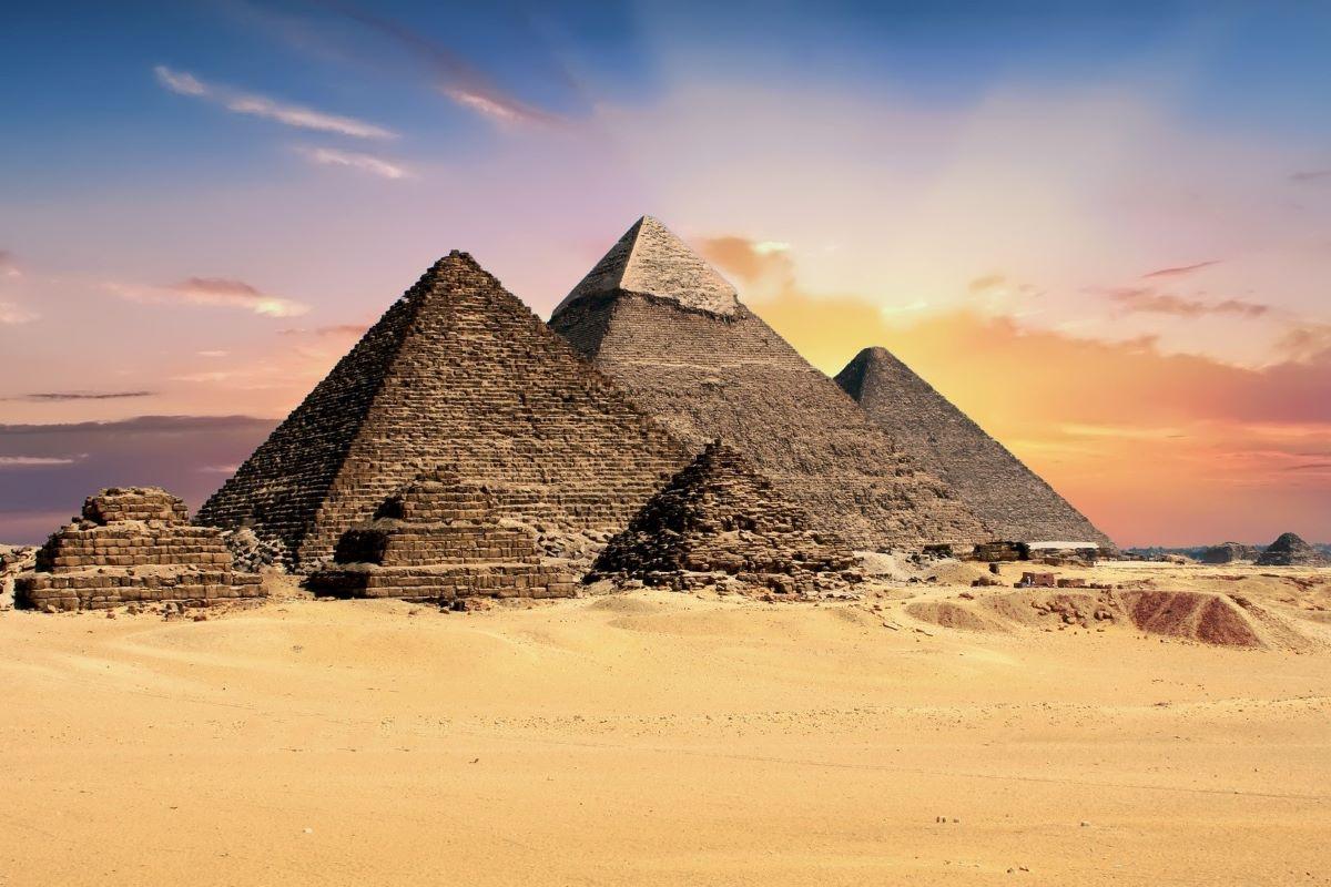 Conheça cinco atrações turísticas para visitar no Egito