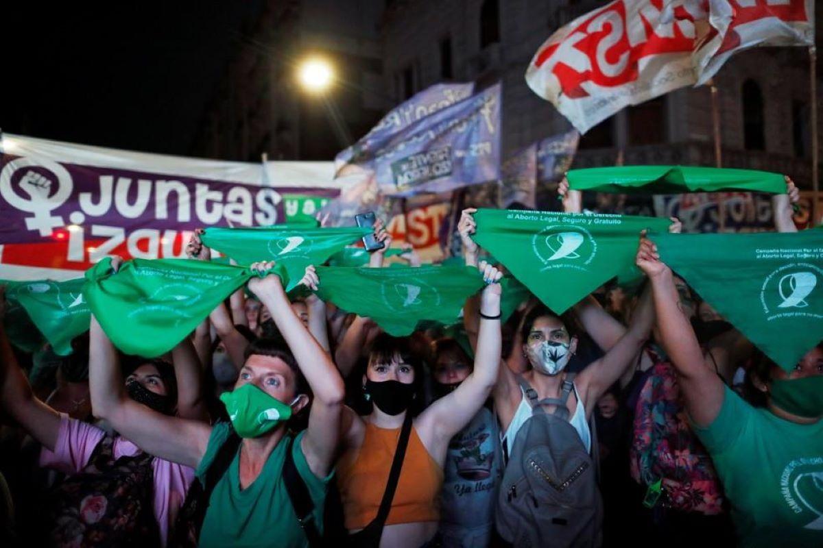 Entenda tudo sobre a legalização do aborto na Argentina