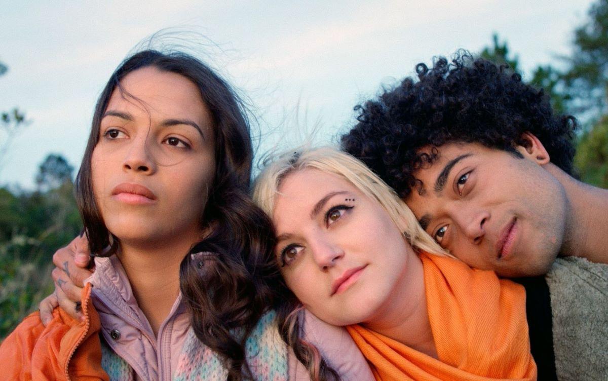 'Alice Júnior': uma crítica do filme sobre transformações