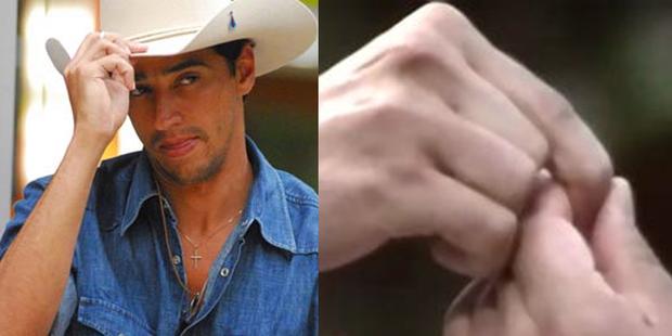 Caubói e Cobra realizaram um pacto de sangue durante o Big Brother Brasil 7.