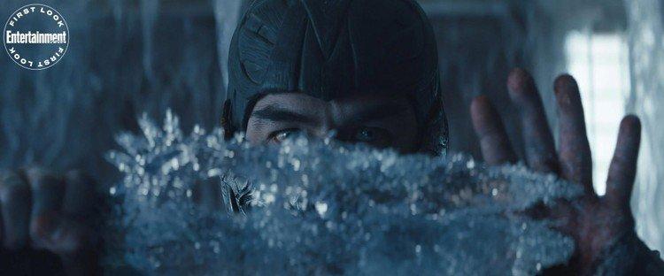 Sub Zero no trailer de Mortal Kombat.