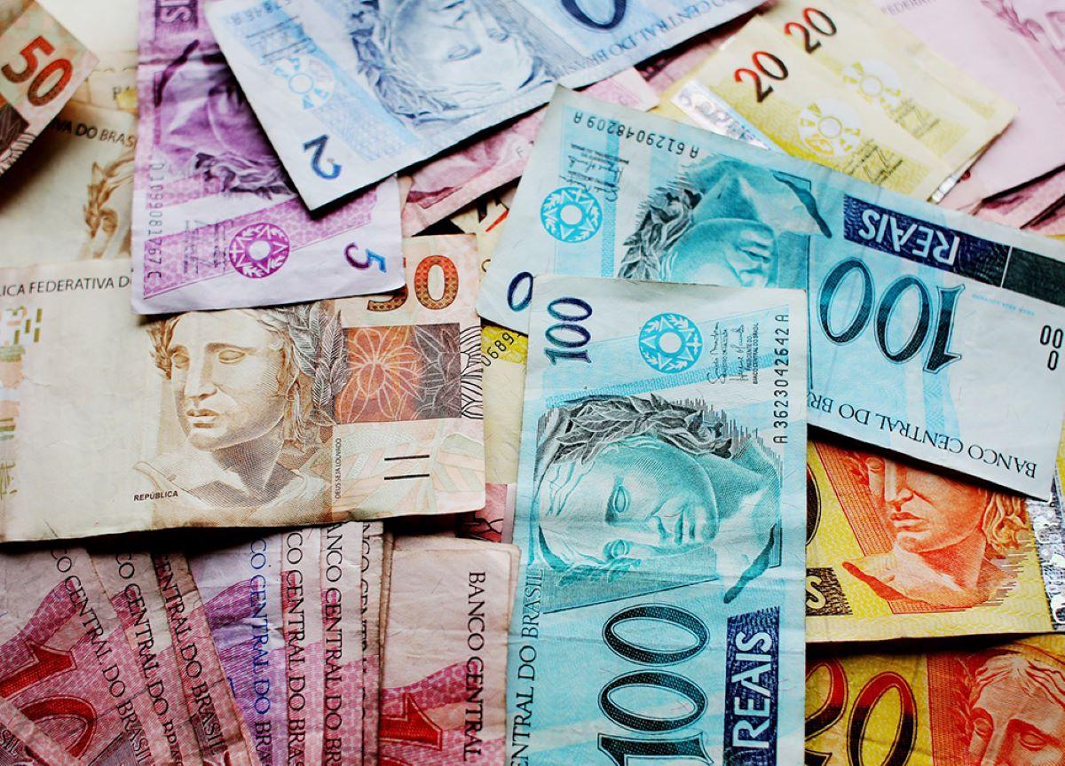 Conheça cinco países com a moeda mais barata do que o real