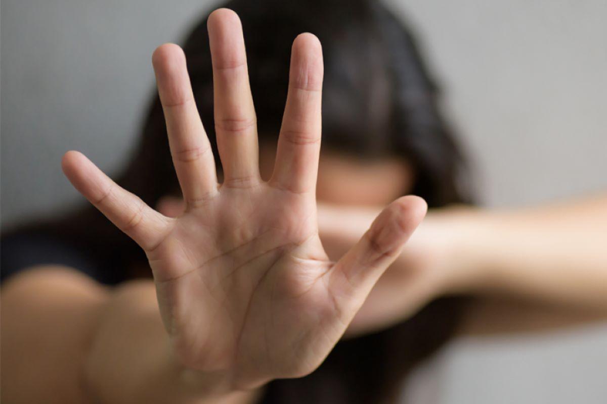 Violência contra a mulher aumentou, mas procura por ajuda diminuiu