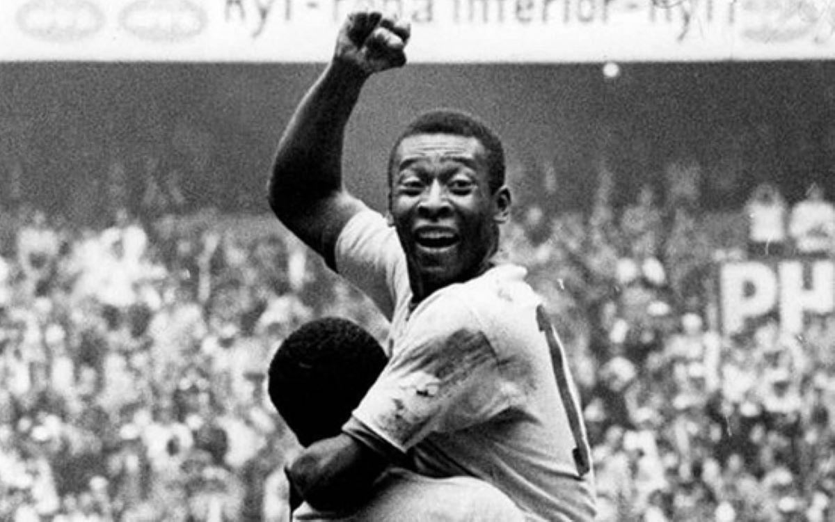 Futebol: Os 5 maiores jogadores brasileiros de todos os tempos