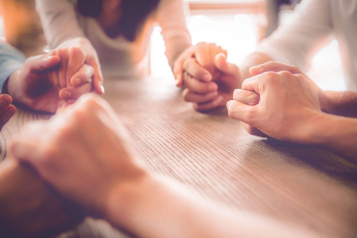 Dia Mundial da Oração: conheça a data e mantras especiais