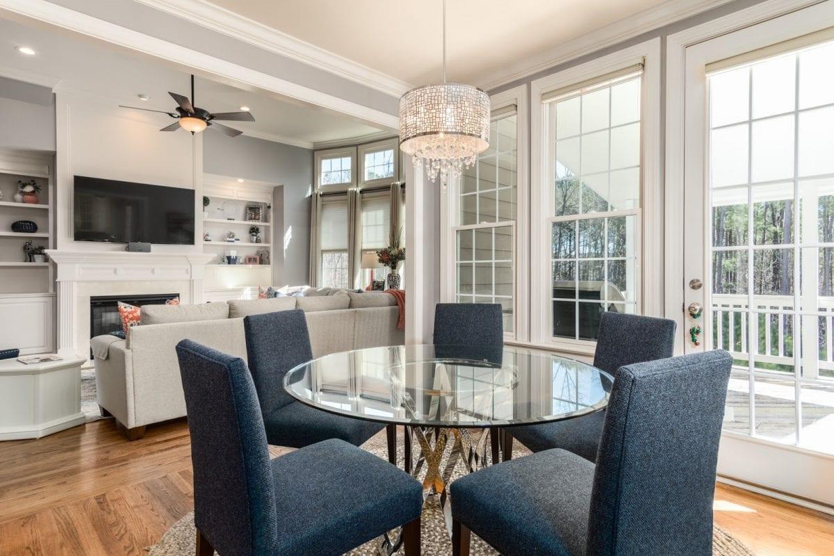 Corretor imobiliário: compre imóveis com mais facilidade
