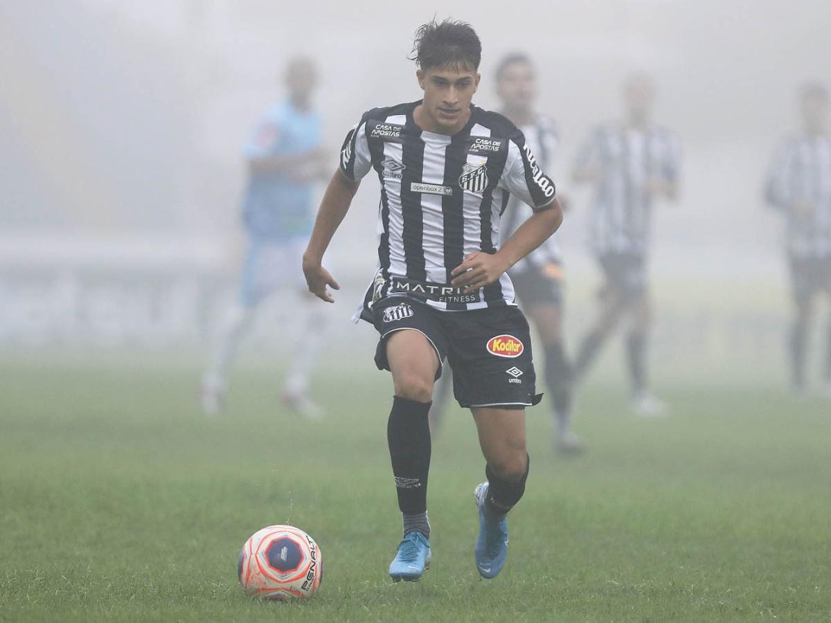 Conheça 5 jogadores promissores do Santos para 2021