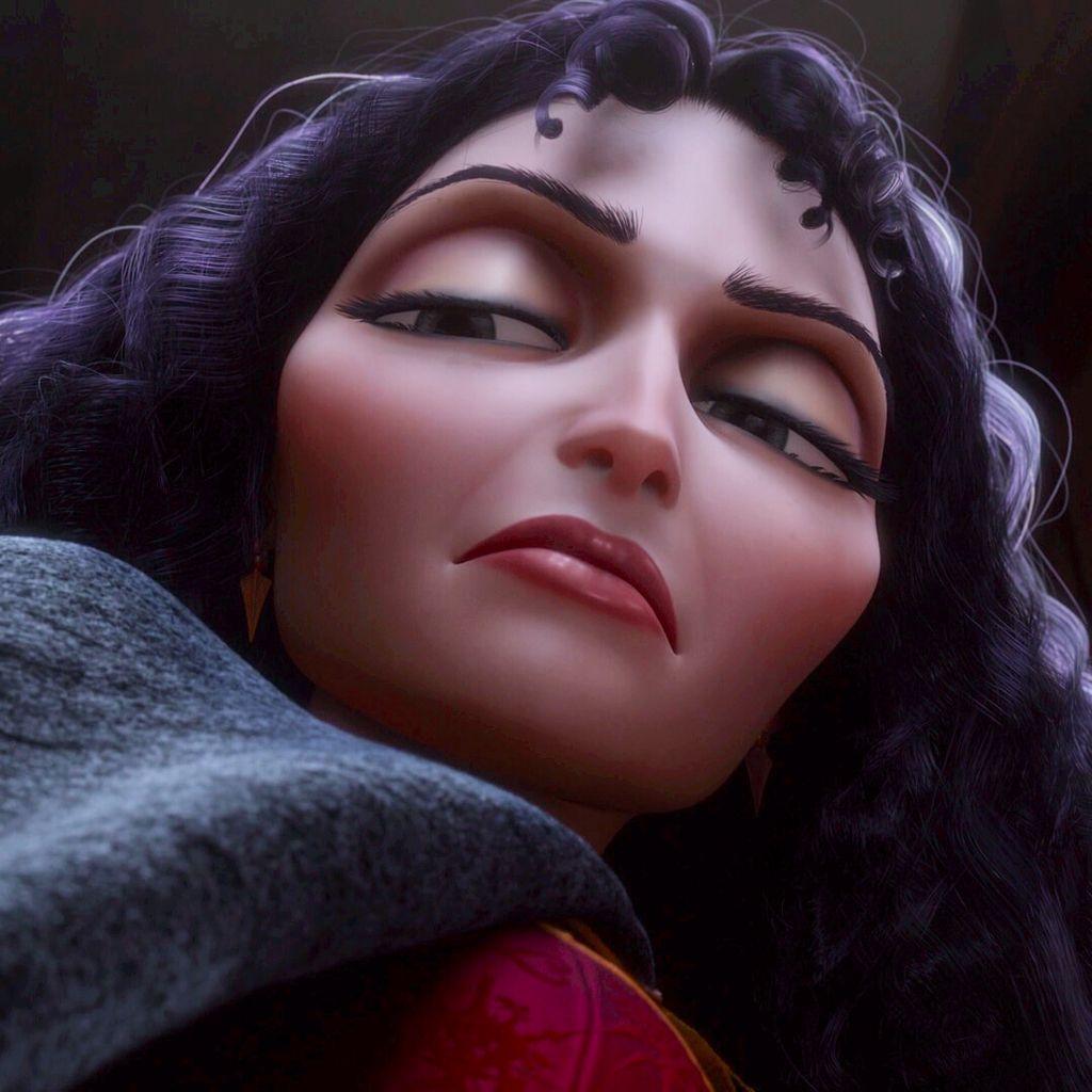 Mãe Gothel é a antagonista de Enrolados.