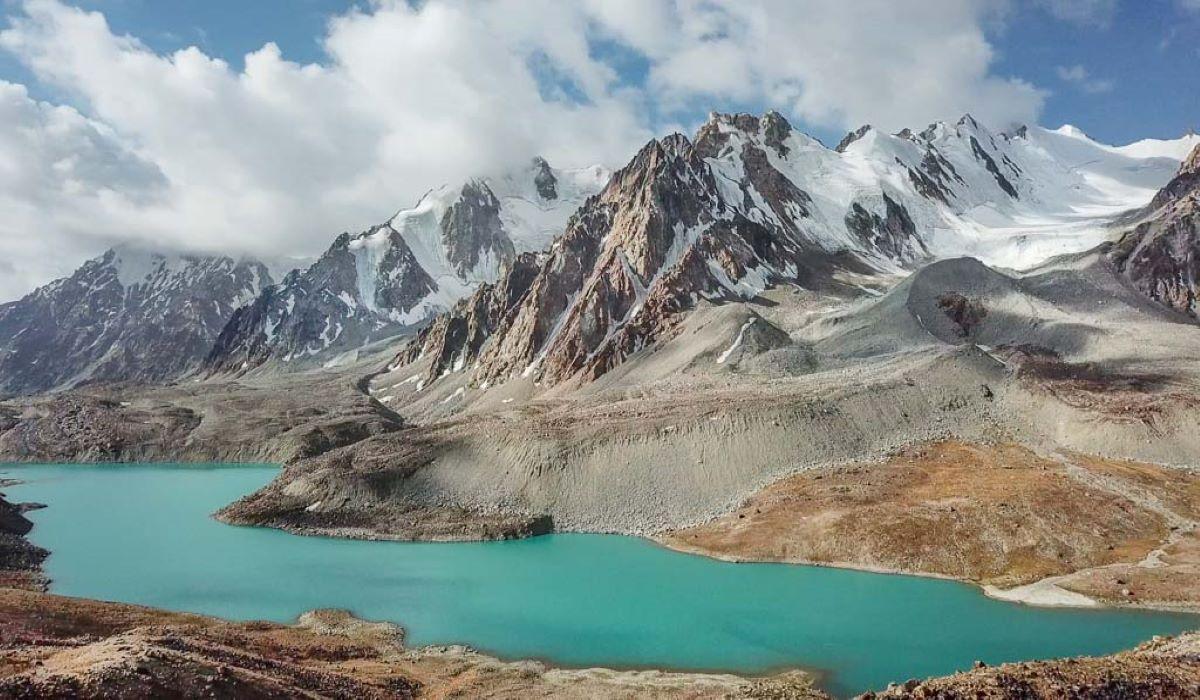 Tajiquistão: confira cinco lugares para visitar no país