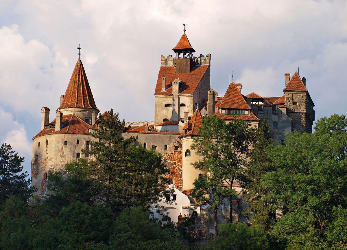 Confira os cinco castelos mais lindos da Europa para visitar