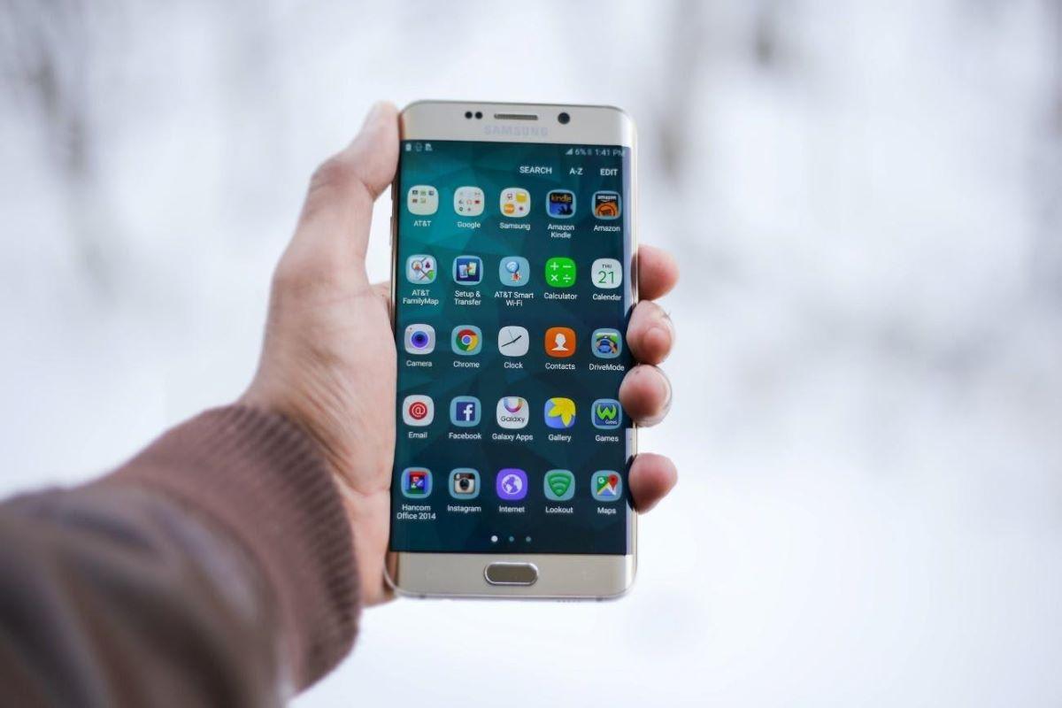 Confira como recuperar fotos apagadas do celular Samsung