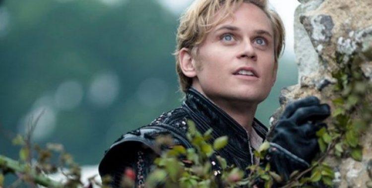Em Caminhos da Floresta, o Príncipe da Rapunzel é interpretado por Billy Magnussen.
