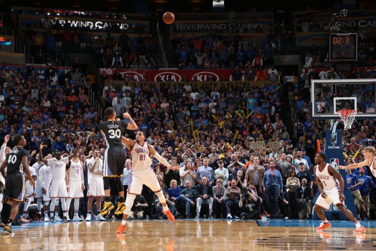 Entenda como Stephen Curry mudou a maneira de jogar a NBA