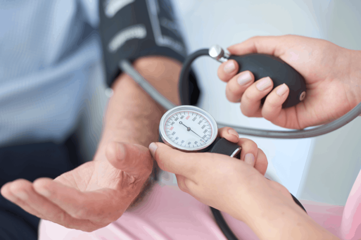 Hipertensão: veja o que pode causar a doença