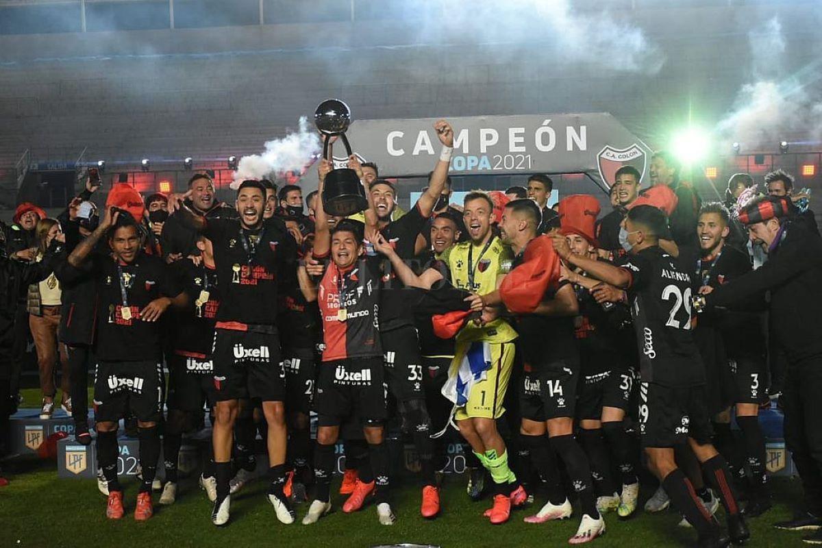 O histórico título do Colón na Copa da Liga Argentina