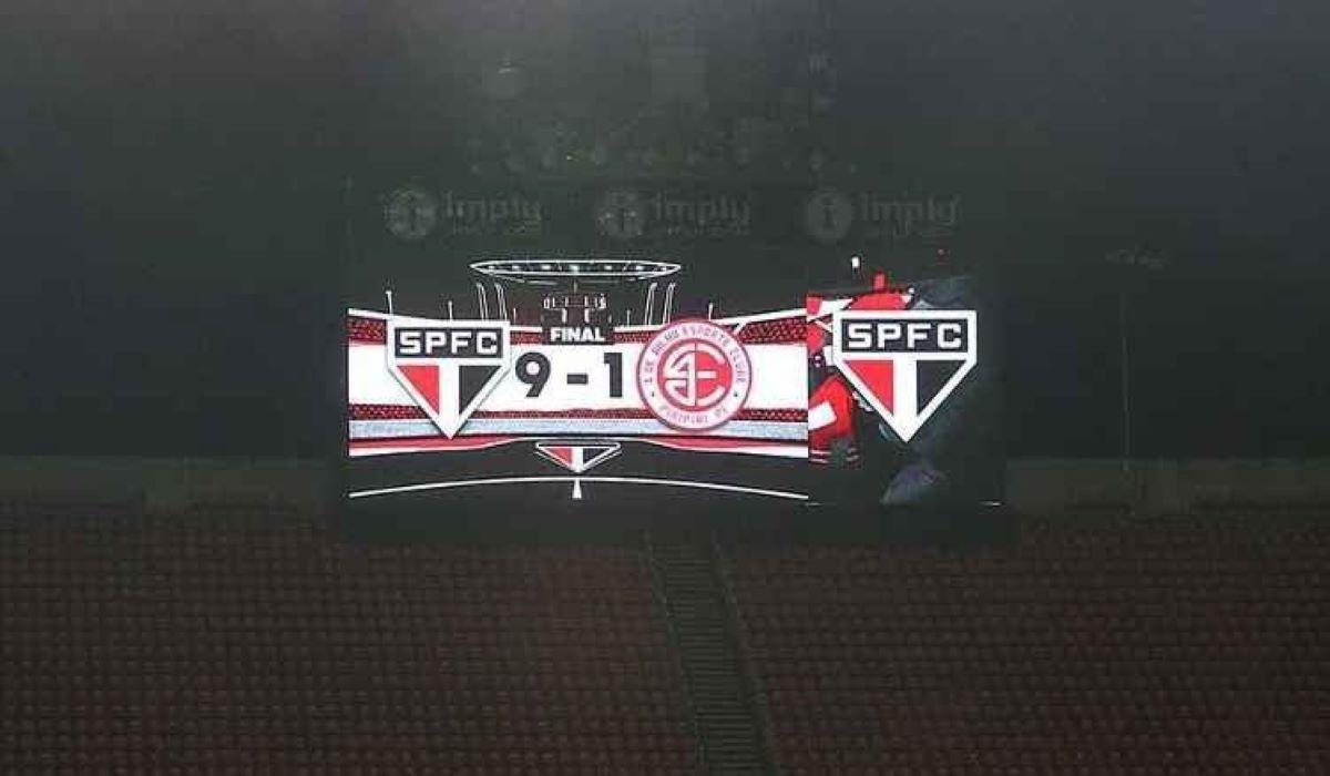 Após perder ida, São Paulo se classifica com goleada na Copa do Brasil
