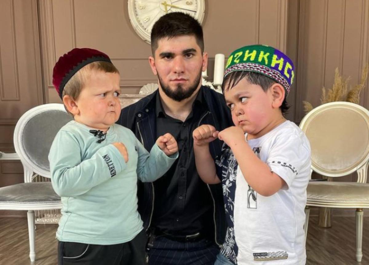 bebês lutadores