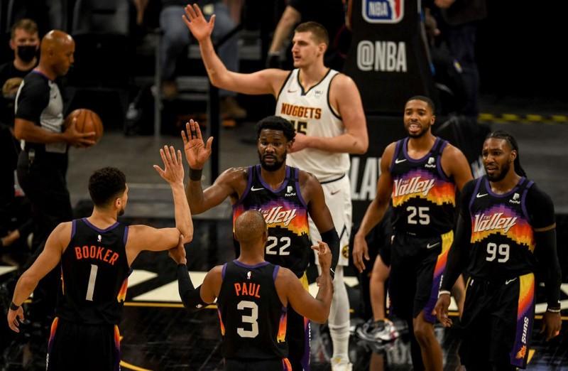 Jogadores do Phoenix Suns