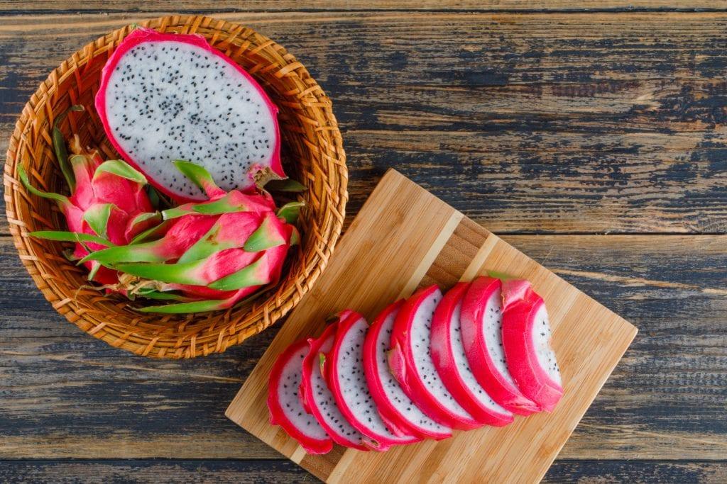 A pitaya é uma das frutas ideais para quem quer emagrecer rápido e de maneira saudável.