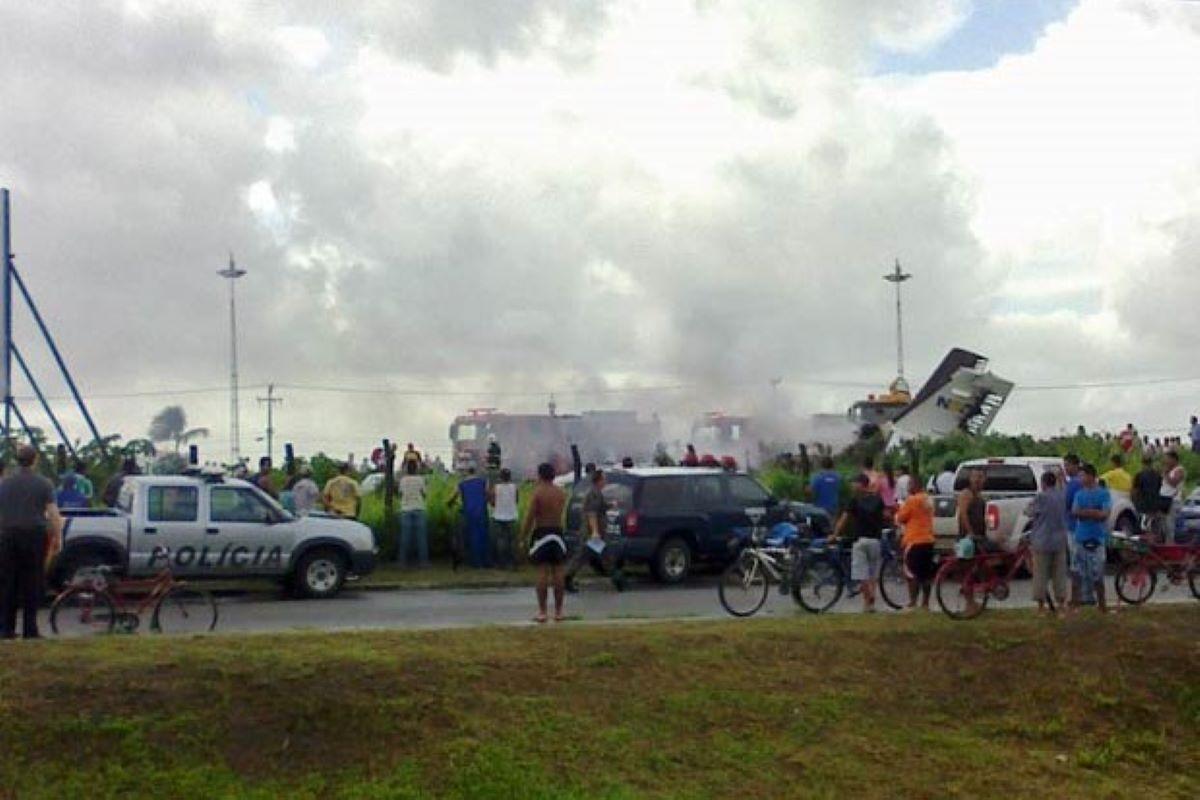Avião da Noar: relembre os 10 anos da queda em Recife