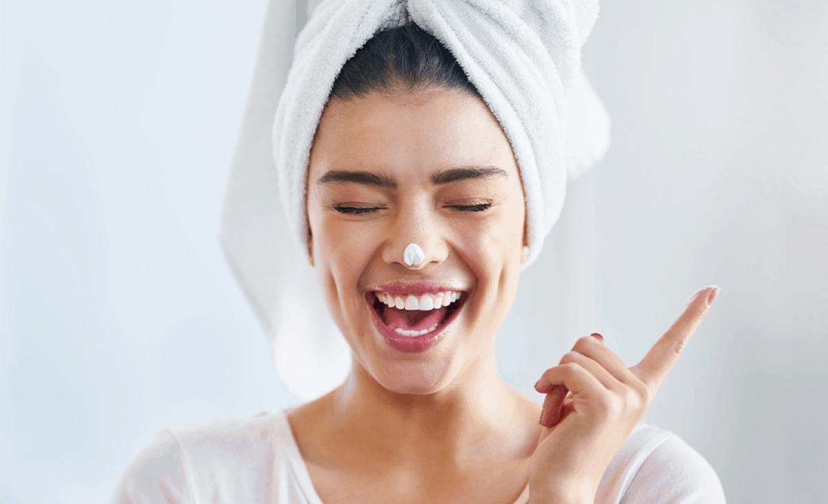 Entenda a importância do sabonete facial nos cuidados cotidianos