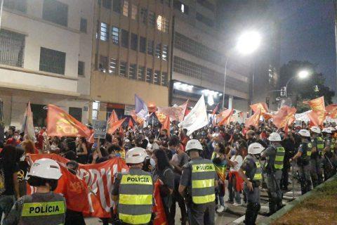 passeata contra Bolsonaro