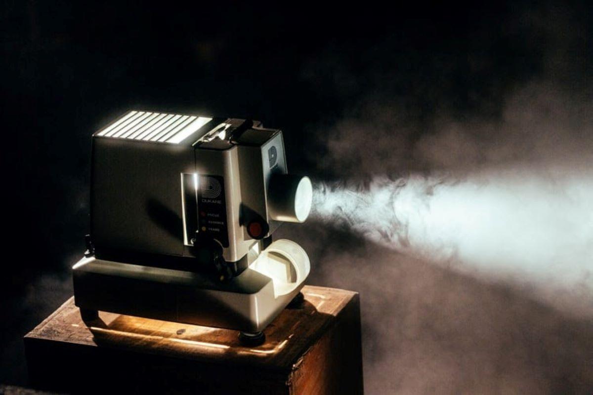 Confira cinco curiosidades sobre o cinema preto e branco