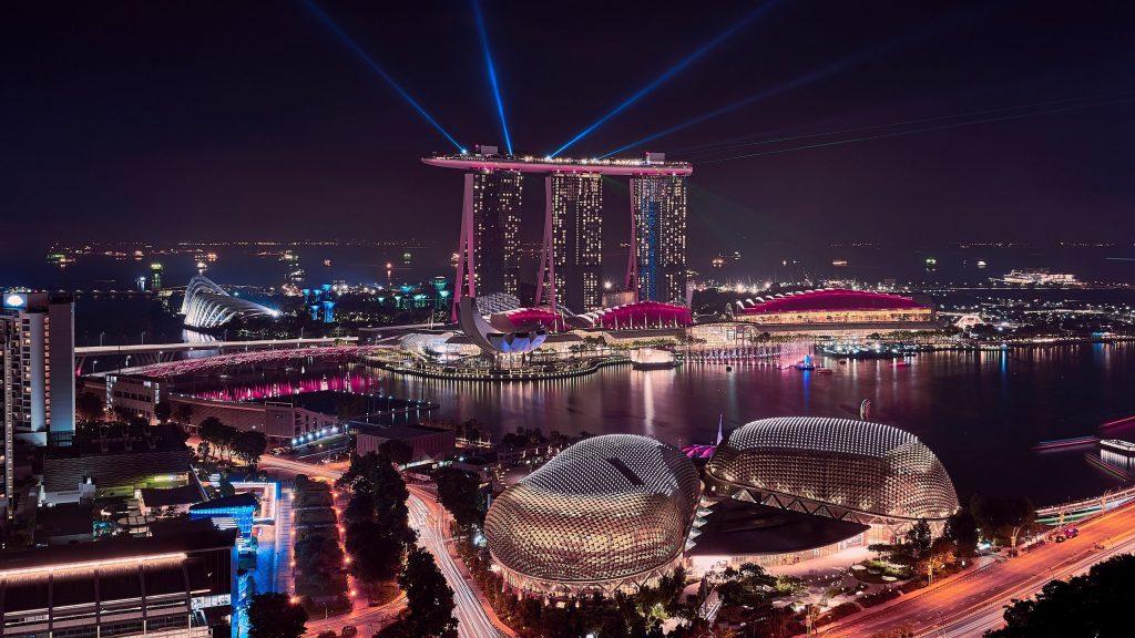 Singapura é uma cidade-estado localizada na Ásia e está entre os destinos de viagem mais cobiçados.