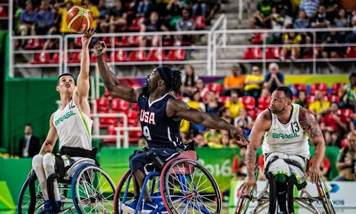 O basquete de cadeira de rosas é um dos esportes coletivos dos Jogos Paralímpicos 2021.