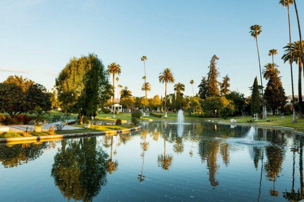 Hollywood Forever Cemetery, o cemitério das estrelas da cultura pop.