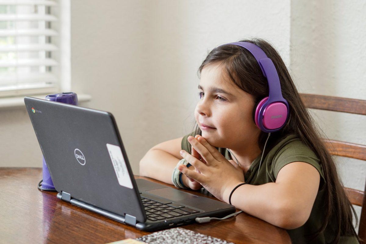 Descubra mais sobre a educação online e consiga engajamento com seus alunos