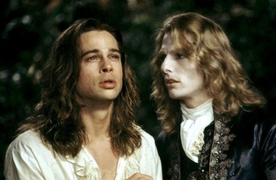 Brad Pitt e Tom Cruise interpretam vampiros neste longa.