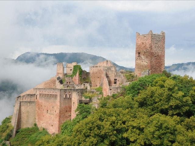 Castelo de Saint-Ulrich, do século XI.
