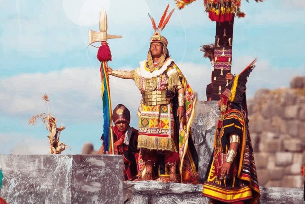 Os povos Incas possuiam um sistema político e econômico.