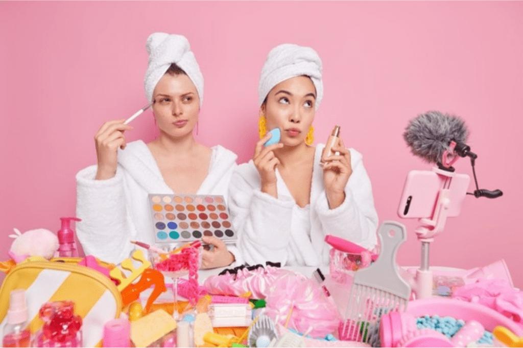 As mídias sociais impulsionam cada vez mais a venda de produtos de beleza.