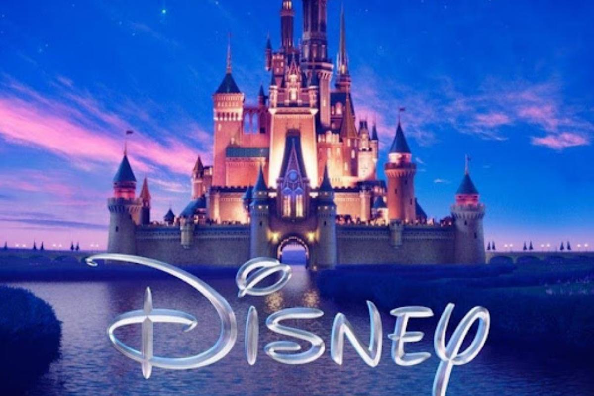 Quais foram os 5 primeiros filmes lançados pela Disney?