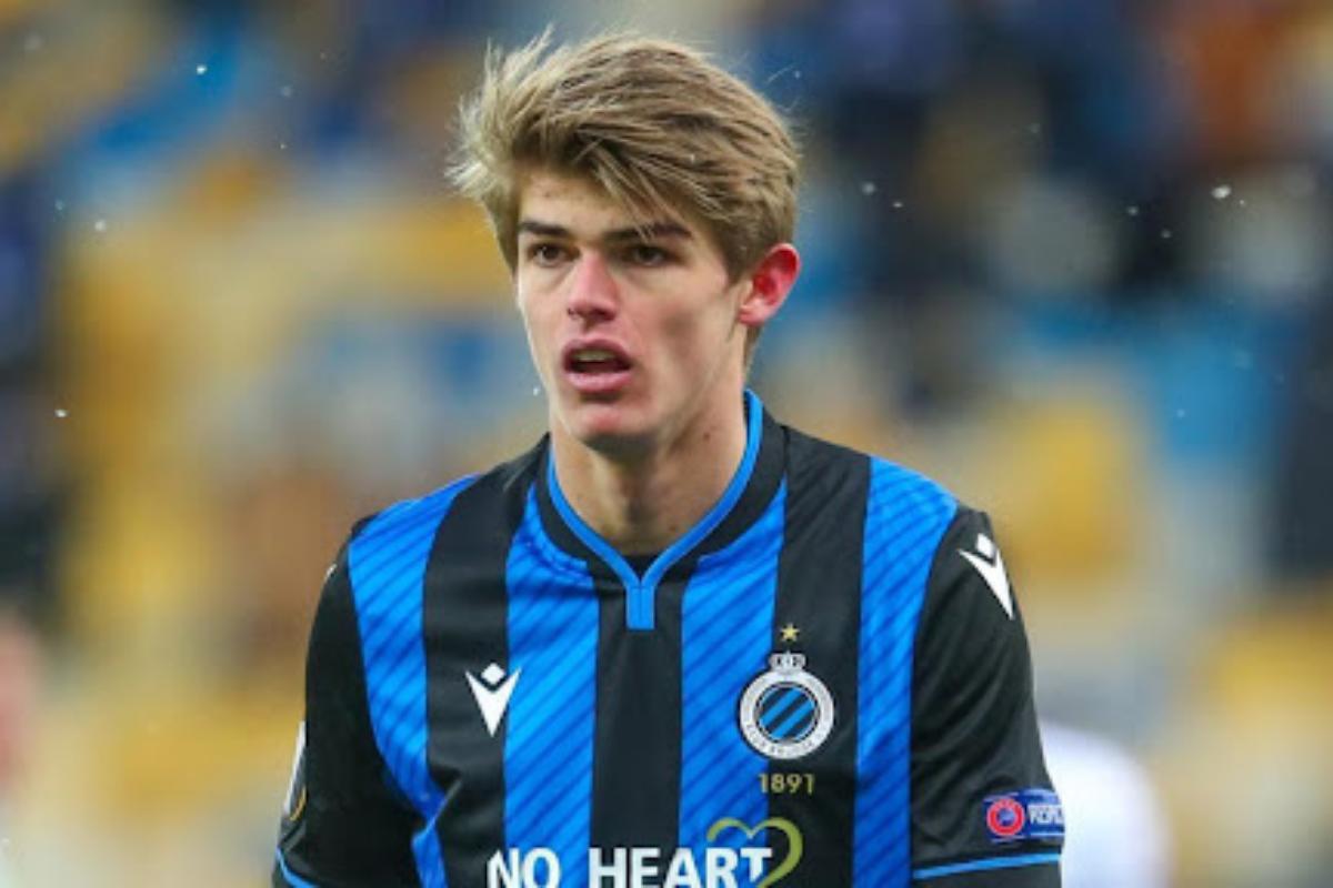 Charles De Ketelaere e a renovação do futebol belga