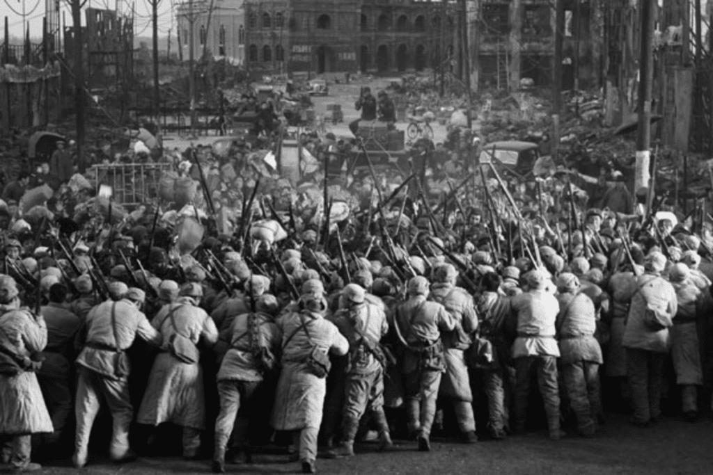 O Massacre de Nanquim foi um dos inúmeros crimes cometidos durante a Segunda Guerra Mundil.