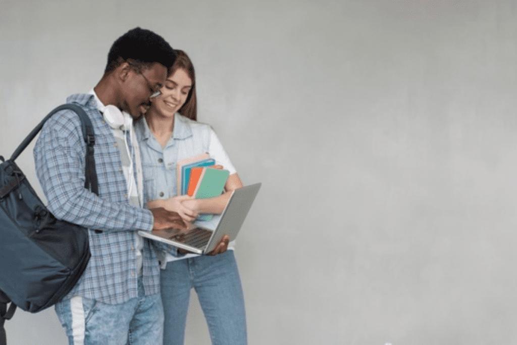 Bolsa de estudos são uma ótima opção para quem quer cursar uma faculdade.