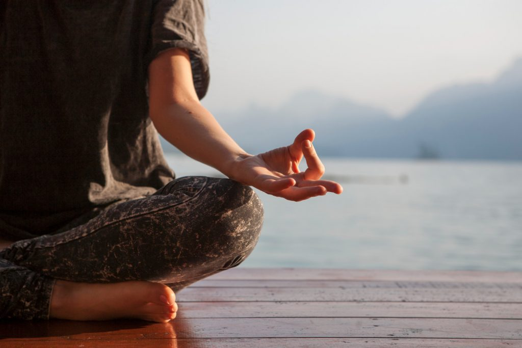 A meditação a favor da saúde mental.